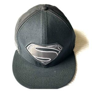 DC Comics Superman SnapBack